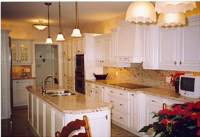 White Kitchens With Granite Tops Photos
