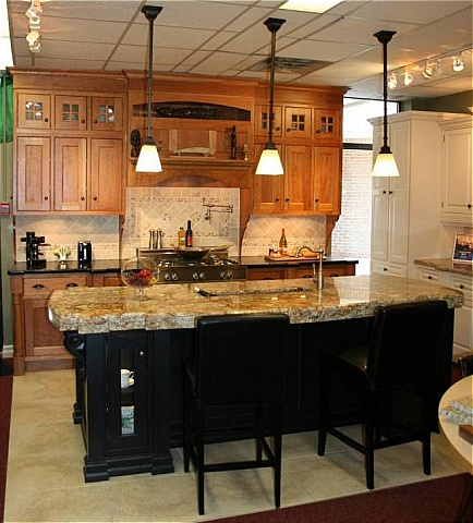 Custom Kitchens, Custom Kitchen Cabinets, Kitchen Design and ...