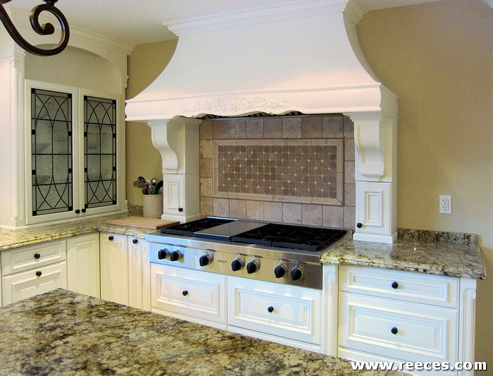 Classic-Kitchen-Design_1012B1.jpg