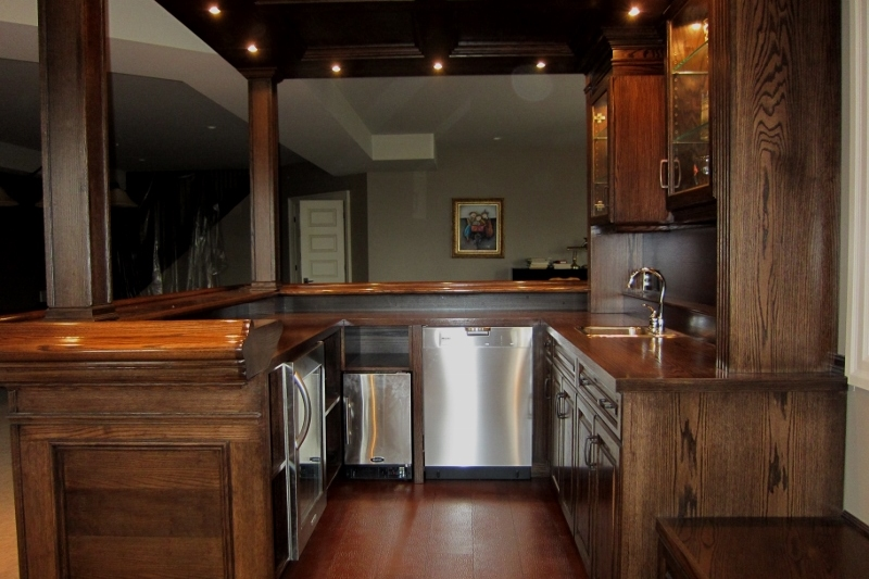 Dark Oak Bar With Dishwasher, Ice Maker And Fridge, Ready For That Big Party