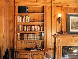 Panelled Library in distressed antiqued pine, elegant and classic home office